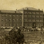 Photograph of the St. Louis Hospital.